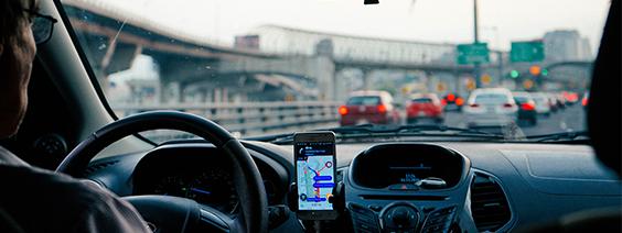Aplicativos de transporte começam a ser taxados pelas cidades